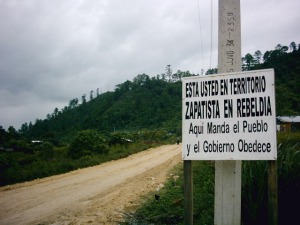 """You are in Zapatista territory in rebellion. Here the people command and the government obeys"". By Paolo Massa ('phauly') (Flickr) [CC-BY-SA-2.0 (http://creativecommons.org/licenses/by-sa/2.0)], via Wikimedia Commons"
