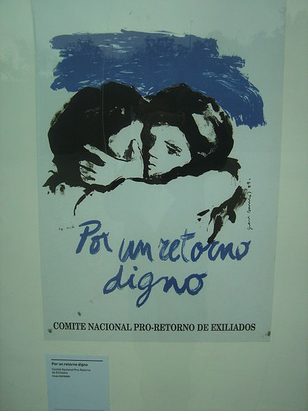"""Poster: """"For a Dignified Return- National Committee for the Return of Exiles""""By Desconocido [CC-BY-3.0 (http://creativecommons.org/licenses/by/3.0)], via Wikimedia Commons"""
